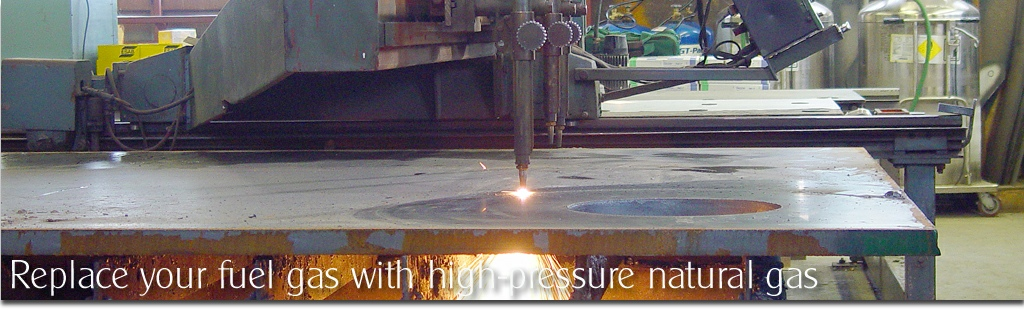 Flame cutting plate steel with high-pressure natural gas